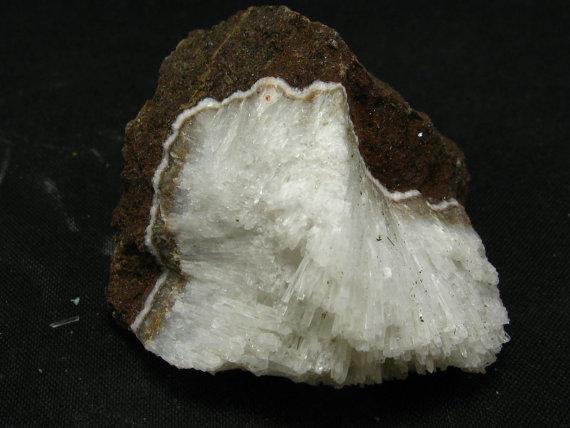 Natrolit