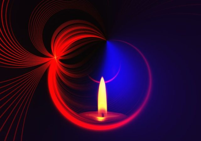 candle-542464_1280-768x542