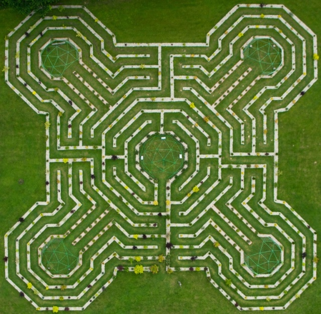 Labirintul celor Cinci Elemente